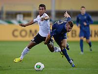 FUSSBALL INTERNATIONAL Laenderspiel Freundschaftsspiel U 21   Deutschland - Frankreich     13.08.2013 Oezkan Yildirim (li, Deutschland) gegen Lucas Digne (Frankreich)