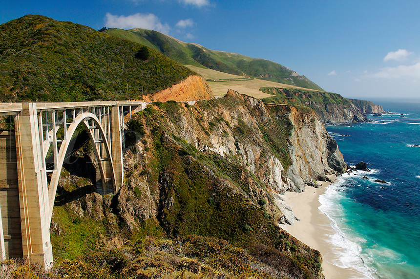 Highway One and the Bixby Bridge along Central Coast, Big Sur, California.