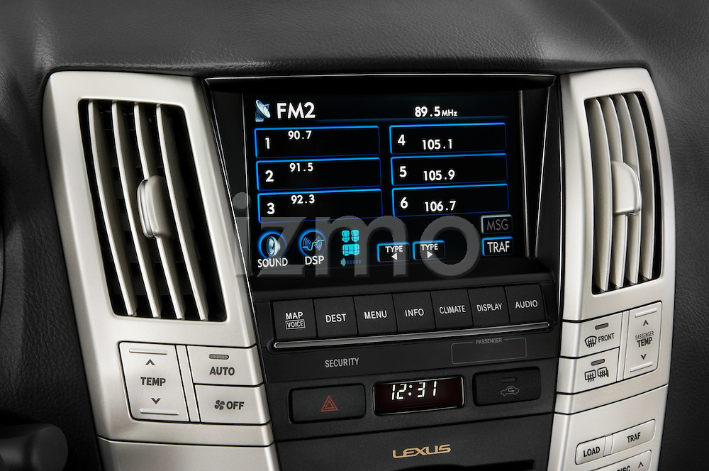 Stereo audio system close up detail view of a 2008 Lexus RX Hybrid