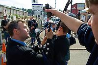 Traditionelles Oban Music-Festival.<br /> Die Staemme der Region treten bei dem mehrtaegigen Festival mit &quot;Bagpipes and Drums&quot; (Dudelsack und Trommel) zum Wettstreit an.<br /> Die Bagpipes werden mit elektronischen Messgeraeten exakt gestimmt.<br /> 3.5.2008, Oban/Schottland<br /> Copyright: Christian-Ditsch.de<br /> [Inhaltsveraendernde Manipulation des Fotos nur nach ausdruecklicher Genehmigung des Fotografen. Vereinbarungen ueber Abtretung von Persoenlichkeitsrechten/Model Release der abgebildeten Person/Personen liegen nicht vor. NO MODEL RELEASE! Nur fuer Redaktionelle Zwecke. Don't publish without copyright Christian-Ditsch.de, Veroeffentlichung nur mit Fotografennennung, sowie gegen Honorar, MwSt. und Beleg. Konto: I N G - D i B a, IBAN DE58500105175400192269, BIC INGDDEFFXXX, Kontakt: post@christian-ditsch.de<br /> Bei der Bearbeitung der Dateiinformationen darf die Urheberkennzeichnung in den EXIF- und  IPTC-Daten nicht entfernt werden, diese sind in digitalen Medien nach &sect;95c UrhG rechtlich gesch&uuml;tzt. Der Urhebervermerk wird gemaess &sect;13 UrhG verlangt.]