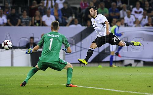 31.08.2016 Moenchengladbach, Germany. International football freindly. Germany versus Finland.  Kevin Volland ger Lukas Hradecky Fin