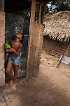 A comunidade Quilombola São Raimundo situa-se a 54 quilômetros da cidade de Alcântara, no Maranhão e possui aproximadamente 65 famílias.  A comunidade já é certificada pela Fundação Palmares como quilombola e atualmente (março de 2015) o processo de titulação encontra-se em andamento. A comunidade não está na região que foi tomada pela Base Espacial de Lançamento, a Central de Lançamento de Alcântara (CLA).