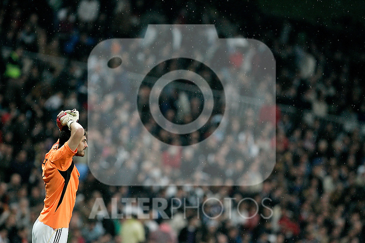 Real Madrid's Iker Casillas reacts during La Liga match, May 08, 2010. (ALTERPHOTOS/Alvaro Hernandez).