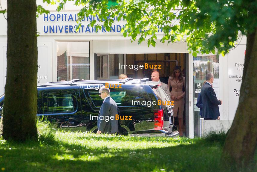 EXCLUSIF - La premi&egrave;re dame am&eacute;ricaine Melania Trump lors d'une visite &agrave; l''h&ocirc;pital des enfants Reine Fabiola &agrave; Bruxelles, sous une tr&egrave;s haute surveillance de police et militaire.<br /> Belgique, Bruxelles, 25 mai 2017.<br /> EXCLUSIVE - US First Lady Melania Trump during a visit at the Queen Fabiola children's hospital in Brussels, on the sidelines of the NATO (North Atlantic Treaty Organization) summit, on May 25, 2017.<br /> Belgium, Brussels, 25 May 2017.