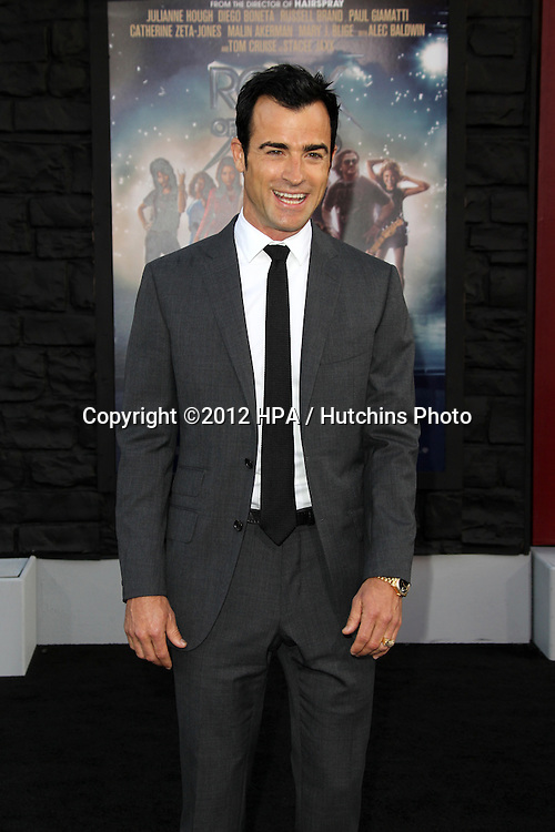 "LOS ANGELES - JUN 8:  Justin Theroux arriving at ""Rock of Ages"" World Premiere at Graumans Chinese Theater on June 8, 2012 in Los Angeles, CA"