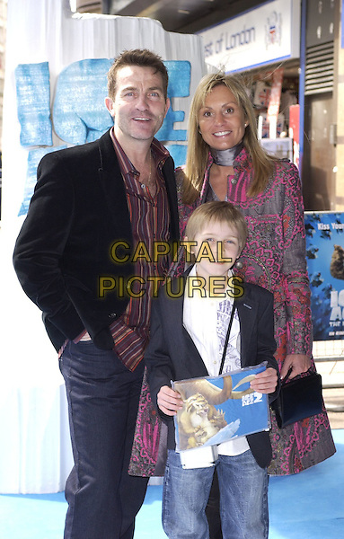 "BRADLEY WALSH & FAMILY.At the UK Film Premiere of ""Ice Age 2: The Meltdown"",.Empire Cinema, Leicester Square, London, .England, April 2nd 2006..half length wife? son child kid .Ref: CAN.www.capitalpictures.com.sales@capitalpictures.com.©Can Nguyen/Capital Pictures"