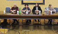 Roma, 16 Aprile 2011.Provincia di Roma, Sala Di Liegro.Commemorazione per Vittorio Arrigoni.Nella foto Gianluca Peciola consigliere della Provincia di Roma e Loris Campetti del quotidiano Il Manifesto