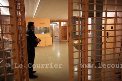 Genève, le 18.08.2010.Prison genevoise de Champ-Dollon. .Gardien de prison..© Jean-Patrick / Le Courrier