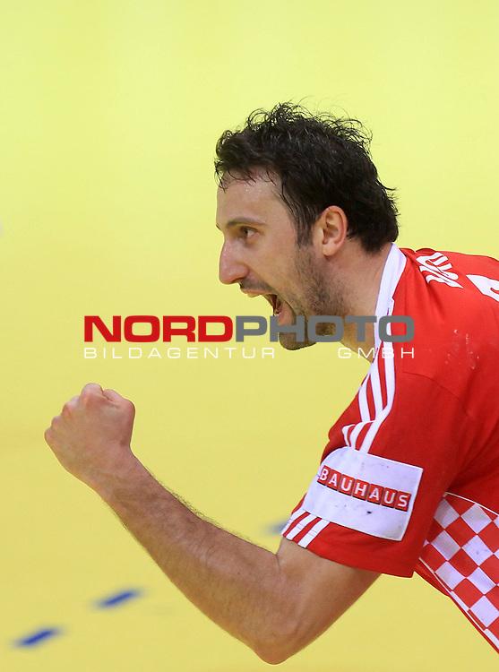 18.01.2012., Millennium Hall, Vrsac, Srbija - 10th men's european handball championship, group D, Slovenia - Croatia. Igor Vori. <br /> <br /> Foto &copy;  nph / PIXSELL / Antonio Bronic
