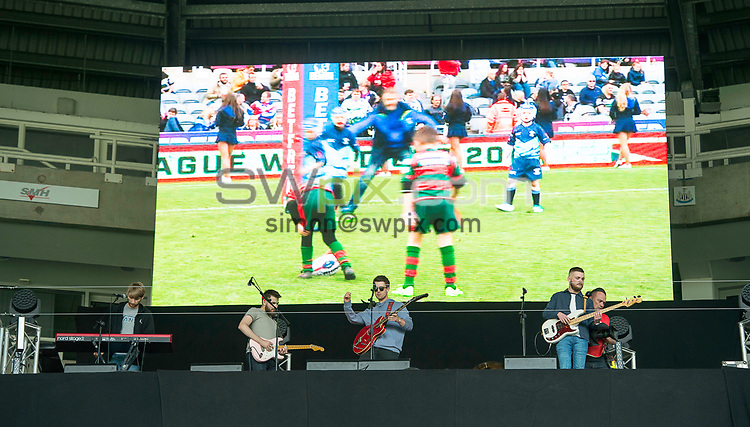 Picture by Allan McKenzie/SWpix.com - 20/05/2017 - Rugby League - Dacia Magic Weekend - St James' Park, Newcastle, England - The brief, band, Conquer Rio.
