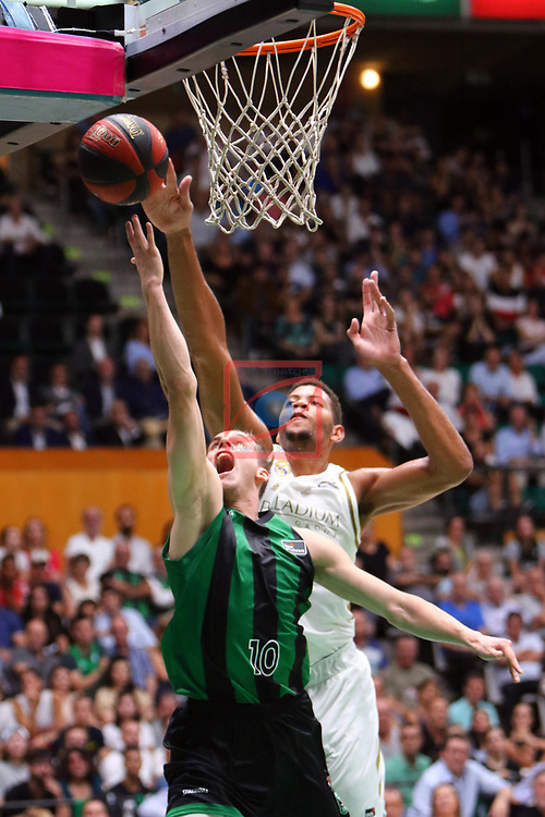 Liga ENDESA 2019/2020. Game: 01.<br /> Club Joventut Badalona vs Real Madrid: 69-88.<br /> Klemen Prepelic vs Walter Tavares.