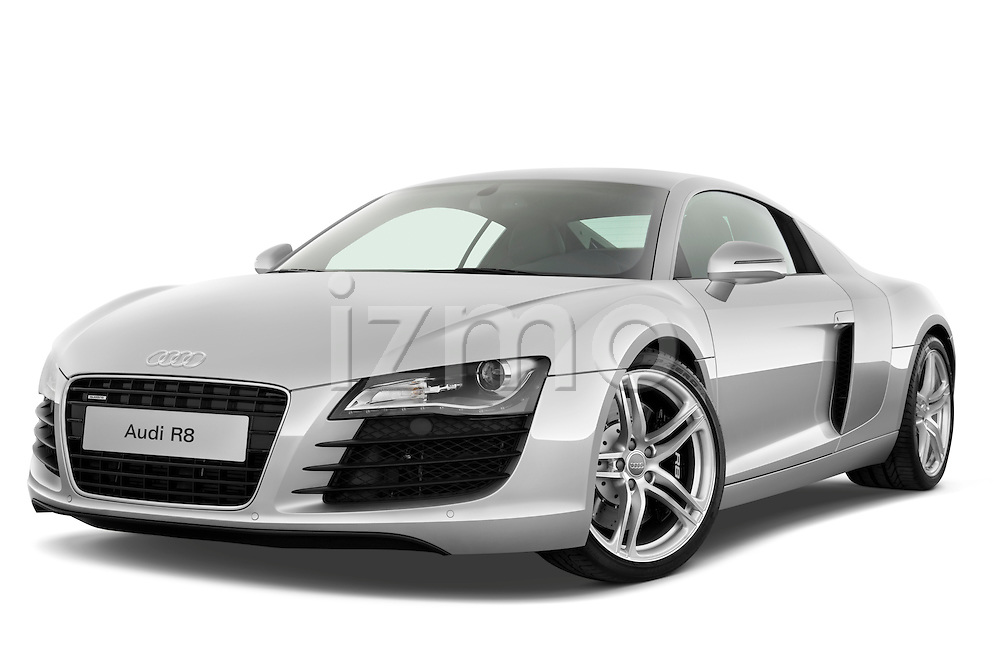Low aggressive front three quarter view of a 2008 - 2012 Audi R8 V8 FSI Coupe.