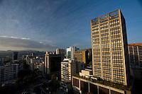Caracas_VEN, Venezuela...Vista panoramica do centro comercial de Caracas, Venezuela...Panoramic view of the commercial center of Caracas, Venezuela...Foto: JOAO MARCOS ROSA / NITRO