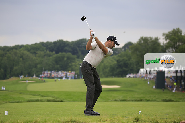 Geof Ogilvy (AUS) tees off the 3rd tee during Friday's Round 1 of the 2016 U.S. Open Championship held at Oakmont Country Club, Oakmont, Pittsburgh, Pennsylvania, United States of America. 17th June 2016.<br /> Picture: Eoin Clarke | Golffile<br /> <br /> <br /> All photos usage must carry mandatory copyright credit (&copy; Golffile | Eoin Clarke)