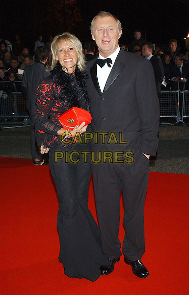 CHRIS TARRANT.National Television Awards 2003 Held At The Royal Albert Hall, South Kensington, London..Ref: Ten.full length, full-length, .www.capitalpictures.com.sales@capitalpictures.com.©Capital Pictures