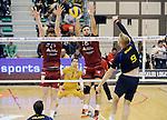 2015-10-28 / Volleybal / seizoen 2015-2016 / Antwerpen - Amigos / Przybyla (l.) en Wachnik proberen de aanval van Jeroen Oprins (Amigos) te counteren<br /><br />Foto: Mpics.be