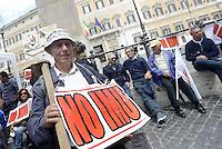 Roma, 21 Maggio 2015<br /> Piazza Montecitorio<br /> Protesta degli agricoltori contro l'imu sui terreni agricoli