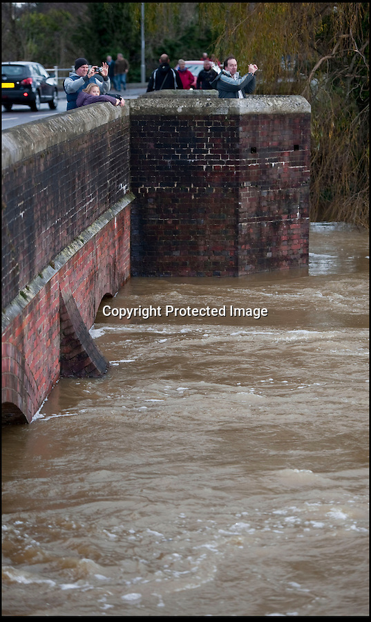 BNPS.co.uk (01202 558833)<br /> Pic: PhilYeomans/BNPS<br /> <br /> Iford Bridge is nearly flooded...<br /> <br /> The River Stour at Christchurch, Dorset, broke its banks last night causing the Iford Bridge Home Park to be evacuated as 3 feet of flood water swept through.