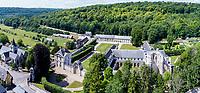 France, Seine-Maritime (76), Parc naturel régional des Boucles de la Seine normande, Rives-en-Seine, Saint-Wandrille-Rançon, l'abbaye Saint-Wandrille de Fontenelle et le village (vue aérienne) // France, Seine-Maritime, Regional Natural Park of the Boucles of the Seine Normandy, Rives-in-Seine, Saint-Wandrille-Rancon, Saint-Wandrille Abbey of Fontenelle and the village (aerial view)
