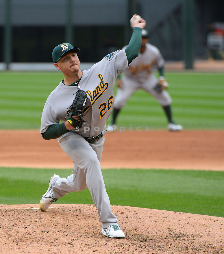 Oakland A's Scott Kazmir (26) during a game against the Chicago White Sox on September 11, 2014 at US Cellular Field in Chicago, IL. The Sox beat the A's 1-0.