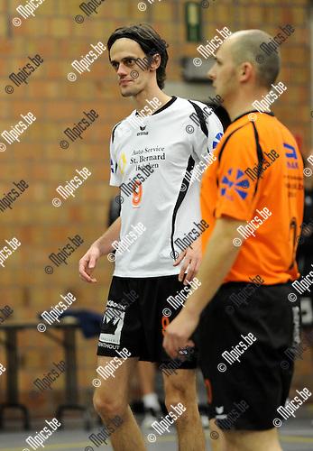 2010-12-04 / Volleybal / seizoen 2010-2011 / VC Herenthout / Kris Eyckmans..Foto: Mpics