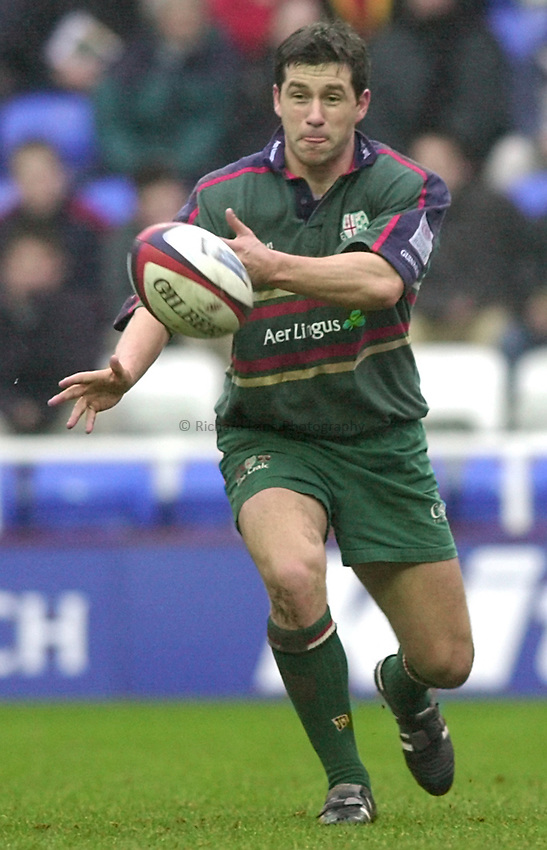 Photo. Richard Lane. .London Irish v Leicester. Zurich Premiership. 10/2/2001.Barry Everitt.