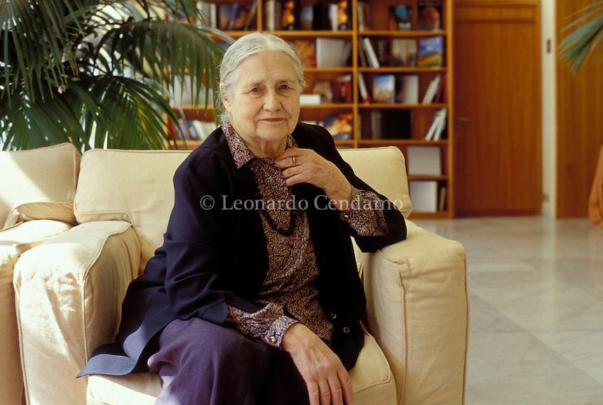 2003: DORIS LESSING, WRITER  © Leonardo Cendamo