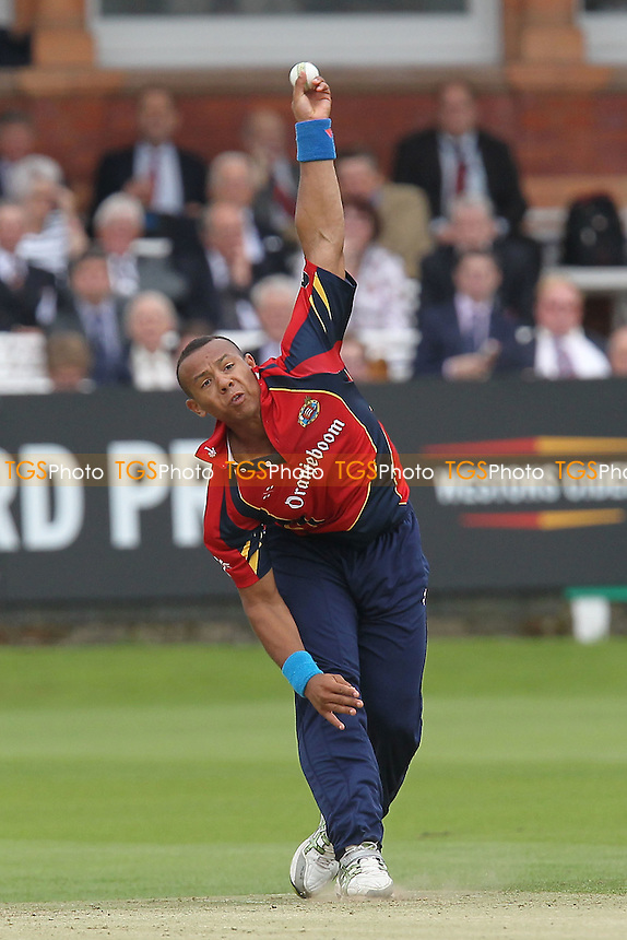 Tymal Mills in bowling action for Essex - Middlesex Panthers vs Essex Eagles - Clydesdale Bank 40 Cricket at Lords Ground, St Johns Wood, London - 27/08/12 - MANDATORY CREDIT: Gavin Ellis/TGSPHOTO - Self billing applies where appropriate - 0845 094 6026 - contact@tgsphoto.co.uk - NO UNPAID USE.