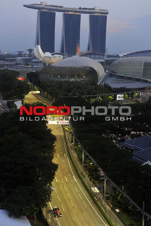 19.-22.09.2013, Marina-Bay-Street-Circuit, Singapur, SIN, F1, Grosser Preis von Singapur, Singapur, Fernando Alonso (ESP),  Scuderia Ferrari <br />  Foto &copy; nph / Mathis