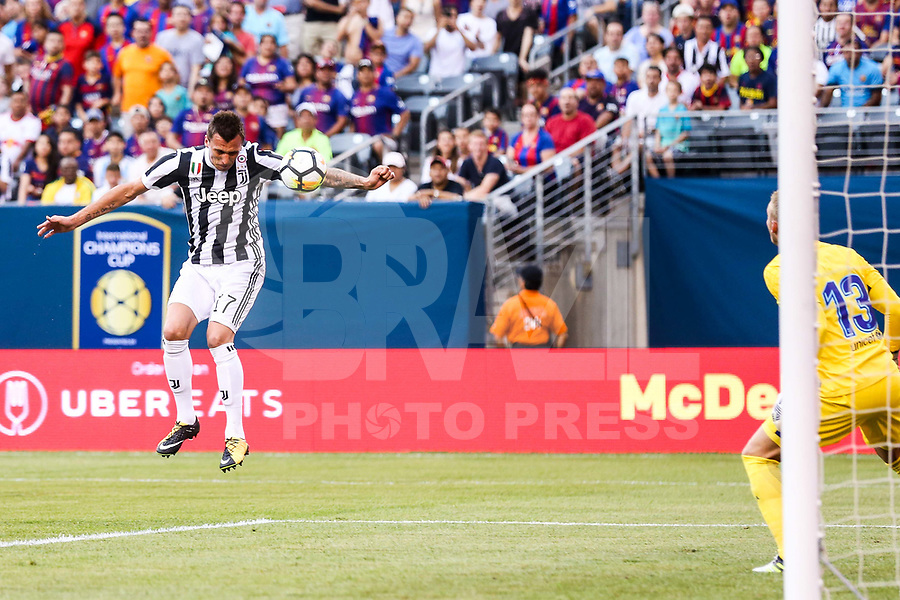 EAST RUTHERFORD, EUA, 22.07.2017 - JUVENTUS-BARCELONA - Mario Mandzukic da  Juventus (ITA) durante partida contra o  Barcelona (ESP) valido pela Internacional Champions Cup no MetLife Stadium na cidade de East Rutherford nos Estados Unidos neste sábado, 22. (Foto: William Volcov/Brazil Photo Press)
