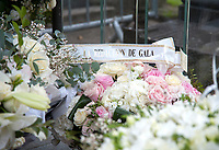 January 13 2018, Paris, France - Fans and People visit the Singer France Gall's Tomb by laying wreaths of flowers at the Cemetery of Montmartre in Paris. # HOMMAGE A FRANCE GALL AU CIMETIERE DE MONTMARTRE