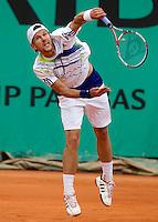Jurgen Melzer (AUT) (22) against David Ferrer (ESP) (9) in the second round of the men's singles. Jurgen Melzer beat David Ferrer 6-4 6-0 7-6..Tennis - French Open - Day 7 - Say 30 May 2010 - Roland Garros - Paris - France..© FREY - AMN Images, 1st Floor, Barry House, 20-22 Worple Road, London. SW19 4DH - Tel: +44 (0) 208 947 0117 - contact@advantagemedianet.com - www.photoshelter.com/c/amnimages