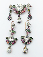 BNPS.co.uk (01202 558833)<br /> Pic: KidsonTrigg/BNPS<br /> <br /> Early C19th brooch & earring suite<br /> <br /> Frozen Assets - Over a £100,000 of Renaissance era jewellry found under a frozen joint of lamb in a run down chalet bungalow is coming up for auction.<br /> <br /> Amazed auctioneers found the hidden gems in the ramshakle hoarders freezer near Uffington in Wiltshire - where the canny late owner had gone to great lengths to protect her precious haul.<br /> <br /> However, the hidden stash wasn't the result of a bank heist but belonged to an eccentric collector who amassed the items in the 1960s - and kept the receipts to prove it.<br /> <br /> She passed away recently and her family brought in experts to hunt out relics they knew their relative had hidden away over the years.