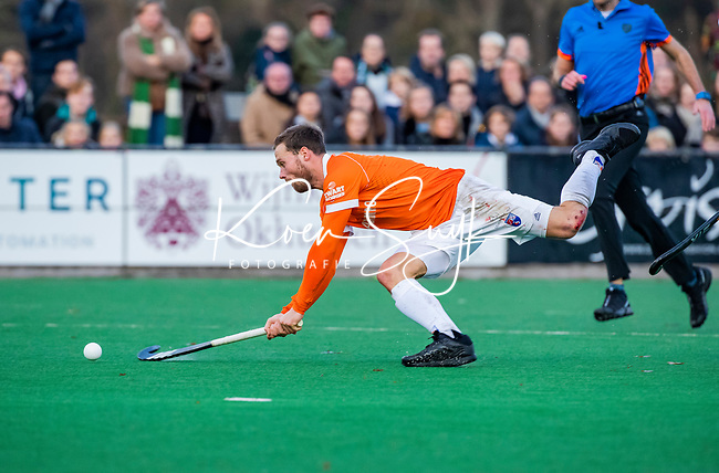 BLOEMENDAAL - Roel Bovendeert (Bldaal)  tijdens  hoofdklasse competitiewedstrijd  heren , Bloemendaal-Rotterdam (1-1) .COPYRIGHT KOEN SUYK