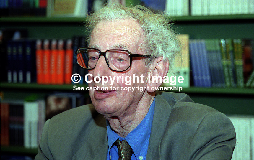 Eric Hobsbawm, emeritus professor of economics and social history, University of London. Lifelong Communist. Photographed at Hay Book Festival, May 2000. 200005250..Copyright Image from Victor Patterson, 54 Dorchester Park, Belfast, UK, BT9 6RJ.  Tel: +44 28 90661296  Mobile: +44 7802 353836.Email: victorpatterson@me.com Email: victorpatterson@gmail.com..For my Terms and Conditions of Use go to http://www.victorpatterson.com/ and click on Terms & Conditions