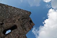 Sagittario.Basilicata 2010 - Dettaglio dell'antica Abbazia di Santa Maria del Sagittario,  antico monastero cistercense italiano, costruito nel XII secolo nel territorio del comune di Chiaromonte, in provincia di Potenza.