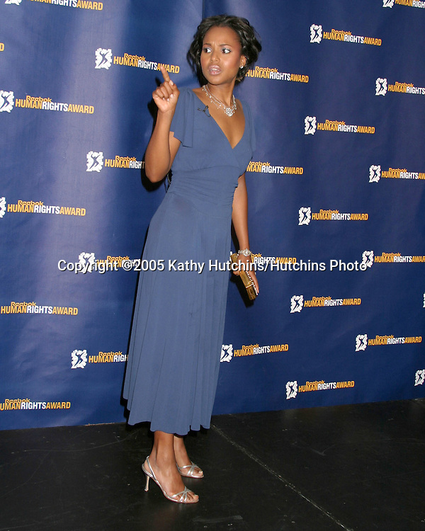 Kerry Washington.2005 Reebok Human Rights Award.Royce Hall, UCLA.Westwood, CA.May 11, 2005.©2005 Kathy Hutchins / Hutchins Photo