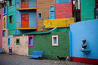 Buenos Aires, Argentina...Imagens da cidade de Buenos Aires, capital da Argentina. Caminito. Casas coloridas, bairro turistico e popular de Buenos Aires. Bairro La Boca. ..The coloured houses of Caminito, a popular and touristic borough of Buenos Aires city...Foto: JOAO MARCOS ROSA / NITRO