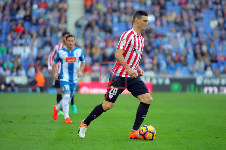 League Santander 2016/2017. Game: 11.<br /> RCD Espanyol vs Athletic Club: 0-0.<br /> Aritz Aduriz.