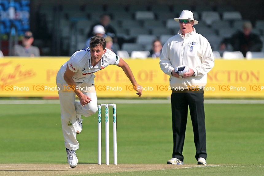 Matt Dixon in bowling action for Essex during Essex CCC vs Durham MCCU, English MCC University Match Cricket at The Cloudfm County Ground on 3rd April 2017