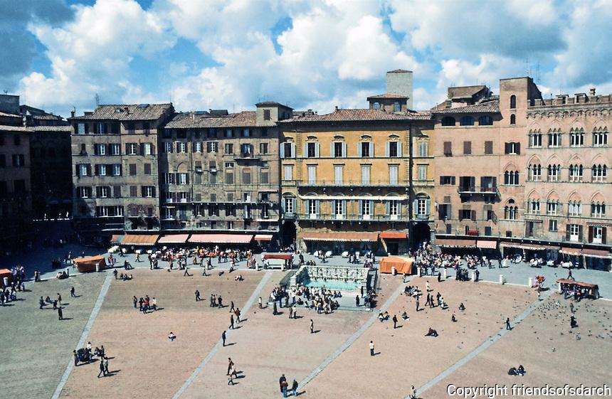 Siena:  Piazza Del Campo.  Photo '83.