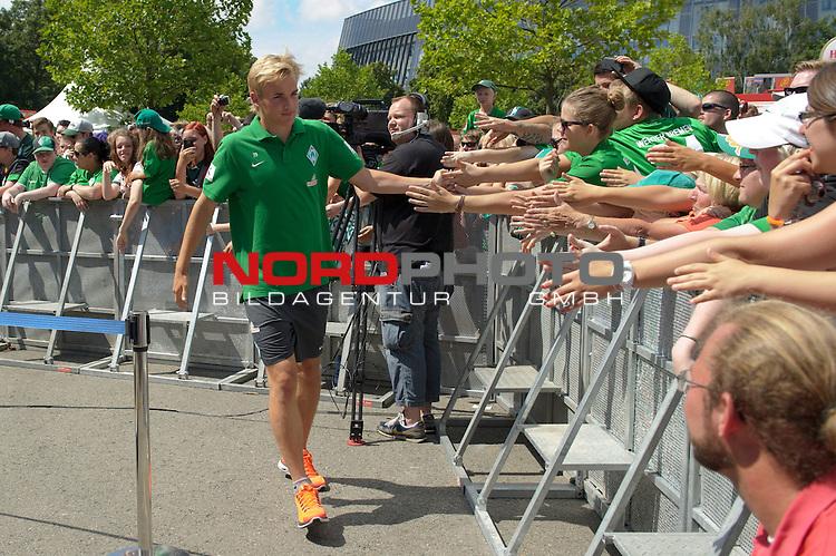 28.07.2013, Weserstadion, Bremen, GER, 1.FBL, Werder Bremen Tag der Fans 2013, im Bild Cimo R&ouml;cker / Roecker (Bremen #29)<br /> <br /> Foto &copy; nph / Frisch