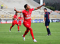 TUNJA -COLOMBIA-23-ABRIL-2016. Kevin Rendon  de Patriotas FC  celebra su gol contra  Jaguares FC durante partido por la fecha 14 de Liga Águila I 2016 jugado en el estadio La Independencia./ Kevin Rendon  of Patriotas FC celebrates his goal against  of Jaguares FC during the match for the date 14 of the Aguila League I 2016 played at La Independencia stadium in Tunja. Photo: VizzorImage / César Melgarejo  / Contribuidor