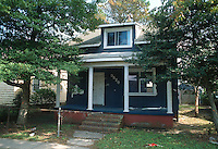 1992 October 07..Conservation.Cottage Line..PROGRESS.BEFORE REHAB.EXTERIOR FRONT.9520 CHESAPEAKE STREET...NEG#.NRHA#..