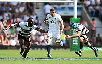 Mark Wilson of England goes on the attack. Quilter Cup International match between England and the Barbarians on May 27, 2018 at Twickenham Stadium in London, England. Photo by: Patrick Khachfe / Onside Images