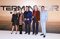 "LONDON, UK. October 17, 2019: Natalia Reyes, Linda Hamilton, Arnold Schwarzenegger, Mackenzie Davis and Gabriel Luna at the ""Terminator: Dark Fate"" photocall, London.<br /> Picture: Steve Vas/Featureflash"