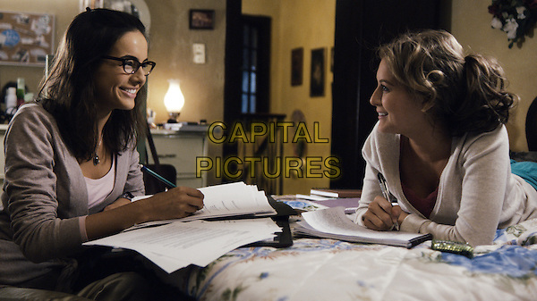 CAMILLA BELLE & ALEXA VEGA.in From Prada to Nada.*Filmstill - Editorial Use Only*.CAP/FB.Supplied by Capital Pictures.