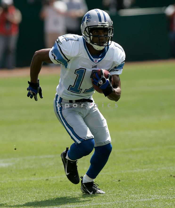 TROY WALTERS, of the  Detroit Lions , during the Lions game against the Oakland Raiders on September 9, 2007.  The Oakland Raiders beat the Detroit Lions 37-10....