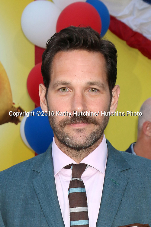 """LOS ANGELES - AUG 9:  Paul Rudd at the """"Sausage Party"""" Premiere at the Village Theater on August 9, 2016 in Westwood, CA"""