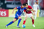 Suwon Forward Johnathan Da Silva Vilela (L) plays against Guangzhou Defender Feng Xiaoting (R) during the AFC Champions League 2017 Group G match between Guangzhou Evergrande FC (CHN) vs Suwon Samsung Bluewings (KOR) at the Tianhe Stadium on 09 May 2017 in Guangzhou, China. Photo by Yu Chun Christopher Wong / Power Sport Images